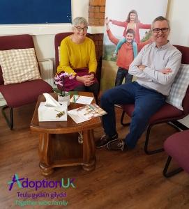 Adoption UK - Swyddogion prosiect 'Y 1,000 Diwrnod Cyntaf'